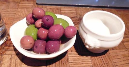 olives la perla
